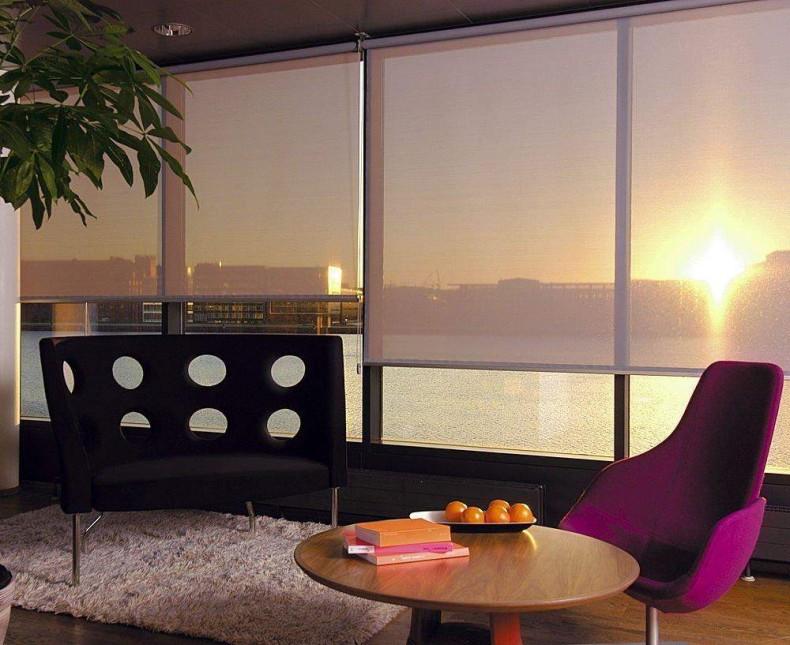 Enrollables techo-piso. Ideales para Salas com vista hacia la ciudad.